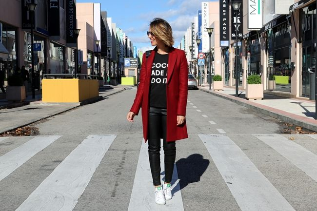 red-coat-street-style-4